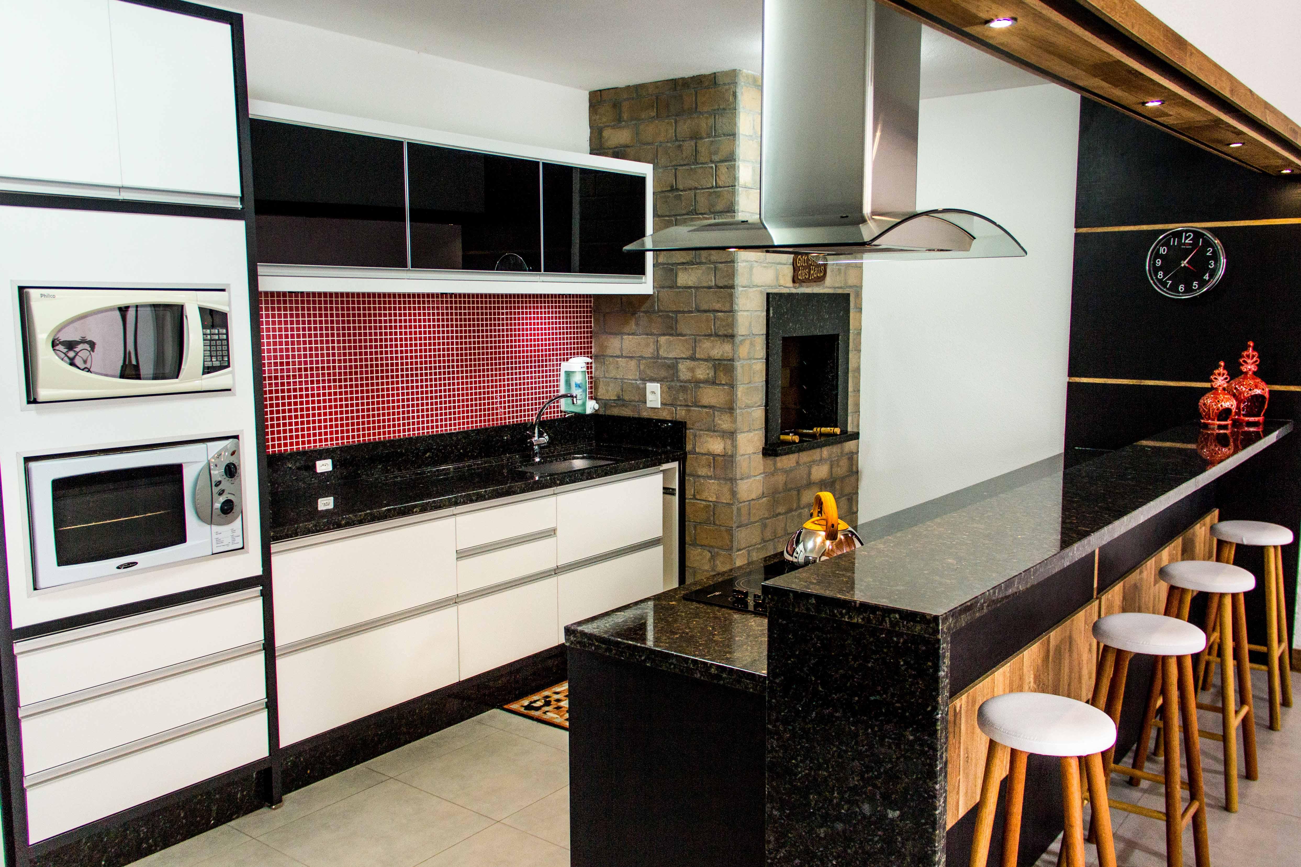 Bancada de Cozinha Sob Medida Cozinha Planejada em Blumenau #A0662B 4972 3315
